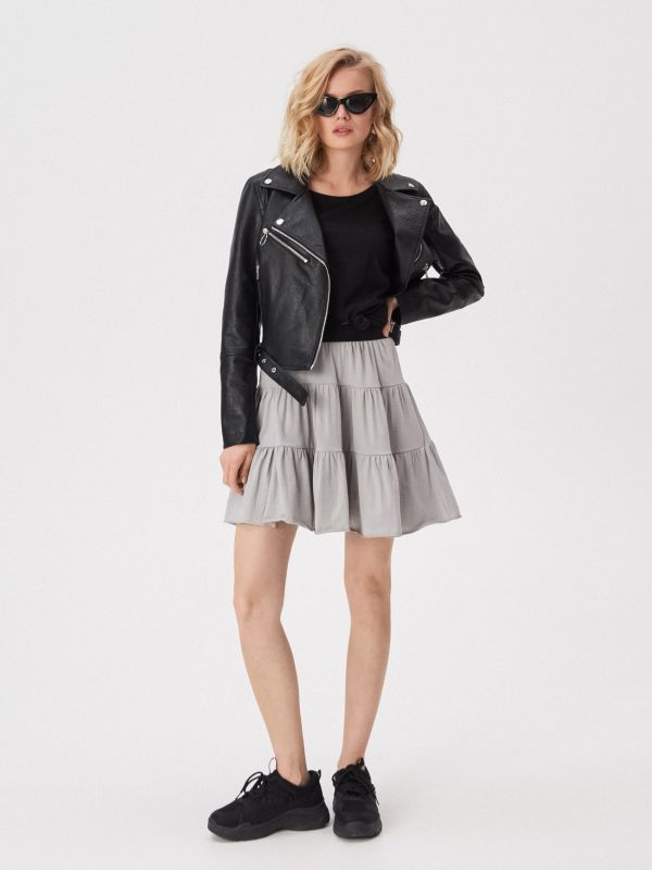 7694777f4132 Dámske sukne značky Sinsay – športové alebo elegantné – výber je na vás.