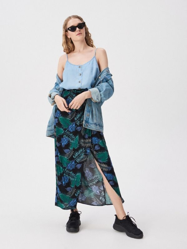 0b2f0d4c7048 Rozšírená prúžkovaná sukňa · Viskózová prekladaná sukňa - tyrkysová -  VP054-66X - SINSAY